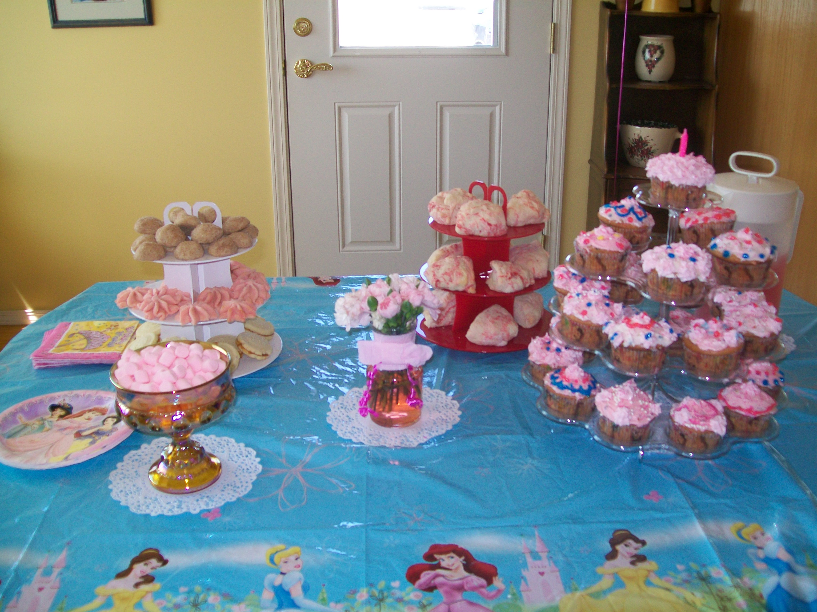 Create a Child-Friendly Tea Party