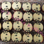 Hello Kitty Cupcakes Tutorial {Perfect for Any Occasion}