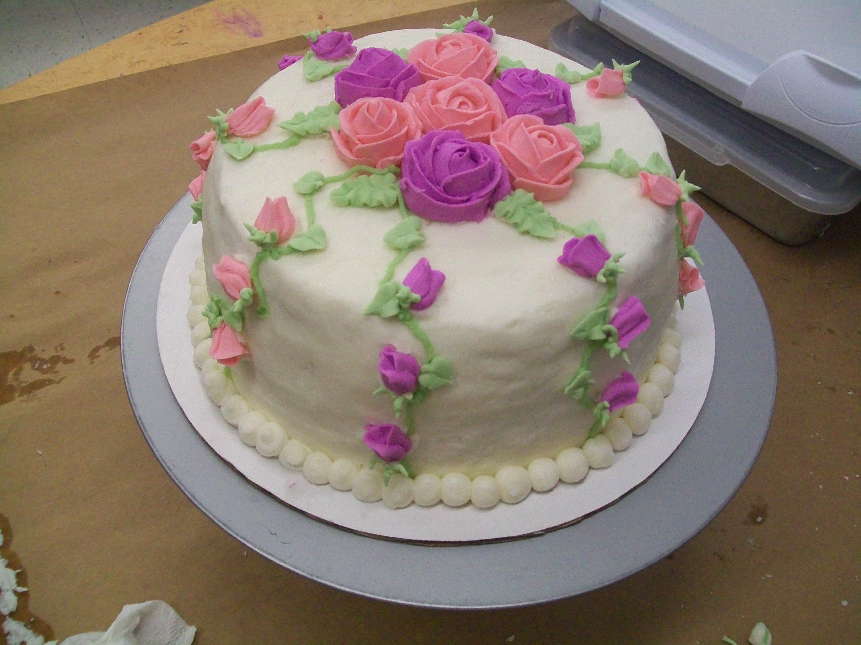My Rose Cake Creation {Wordless Wednesday & Linky} - My 3 Little Kittens