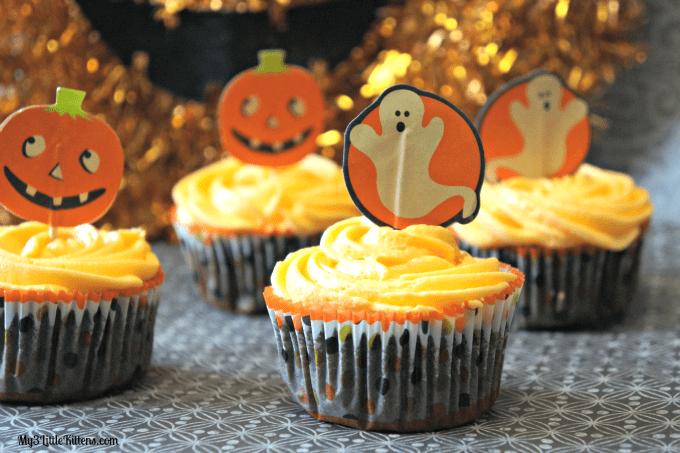 Vintage Halloween Cupcakes 2