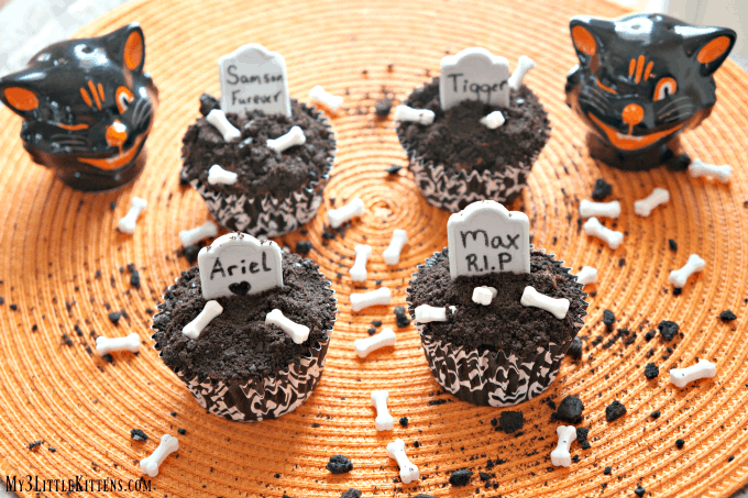 These pet cemetery cupcakes takes a love of cats and add a spooky delicious twist!